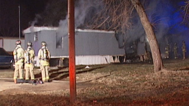 7 People Escape Southeast OKC Mobile Home Fire