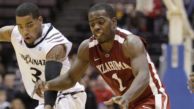 Cincinnati Slips Past OU, 56-55