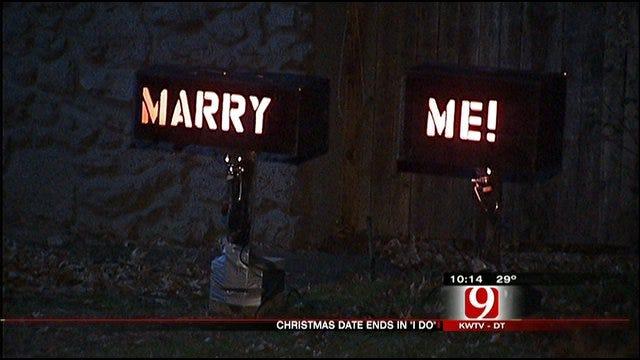 Oklahoma City Man Says 'Marry Me' With Christmas Lights