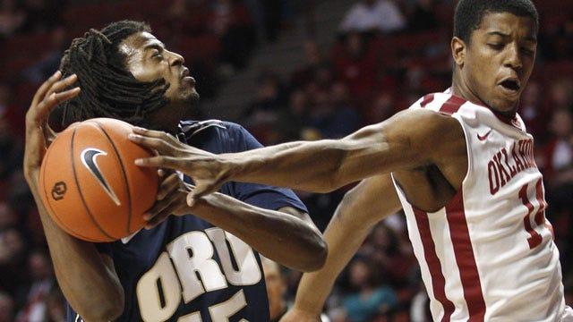 Oklahoma Snaps Oral Roberts' Six-Game Winning Streak