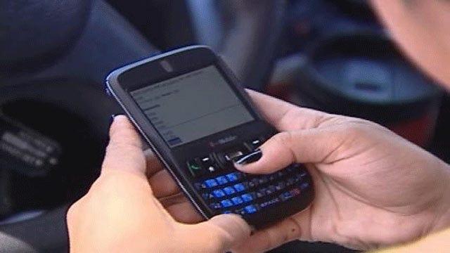 Oklahoma Senate Panel Approves Texting Ban For Drivers