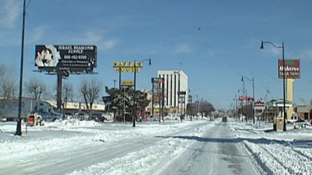 Oklahoma City Businesses Open Despite Officials Urging Citizens To Stay Home
