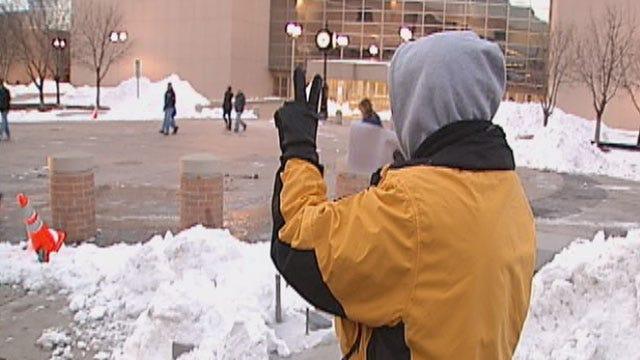 Thunder Fans Brave Bitter Cold