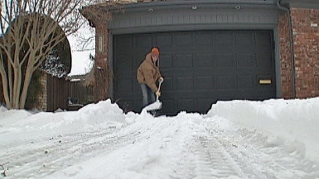 Oklahomans Making A Buck Shoveling Snow With Ads Online