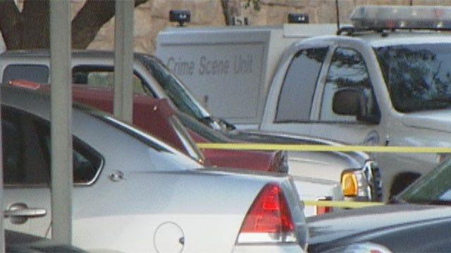 Man Shot After Opening Door At Northwest OKC Apartment
