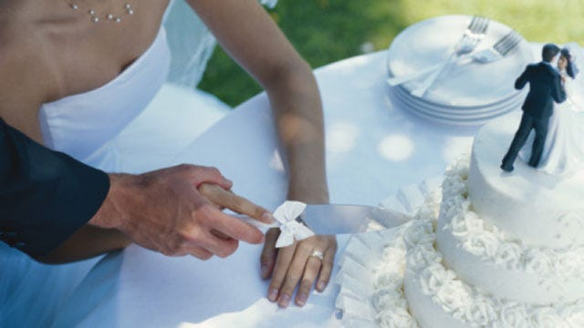 Wedding Scams: Oklahoma Attorney General Warns Couples