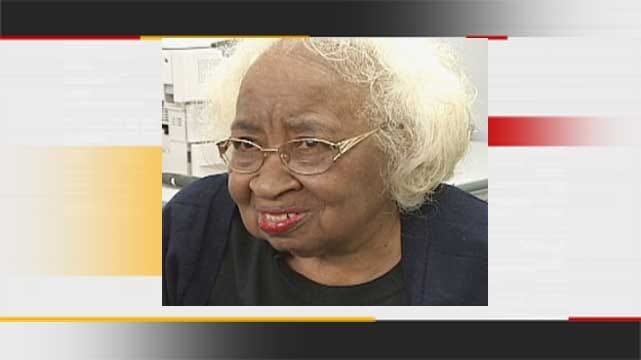 Oklahoma Civil Rights Icon To Lie In State At Oklahoma Capitol
