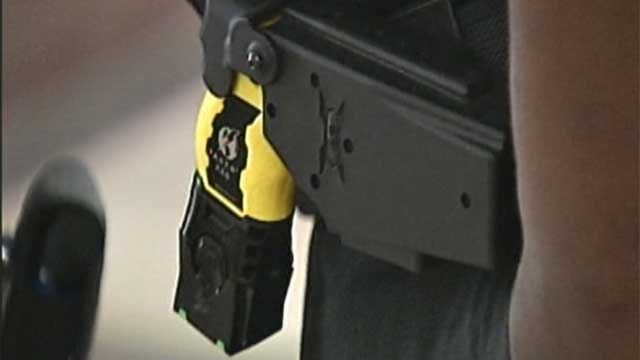 Some Oklahoma County Deputies Packing Tasers