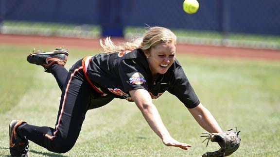 Cowgirls' Season Ends With 6-2 Loss To Cal In WCWS
