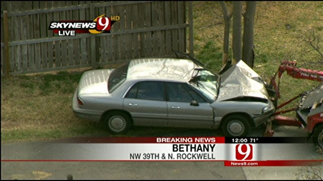 Driver Sideswipes Swadley's BBQ In Bethany Then Crashes Into Tree