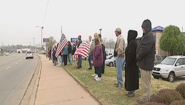 Friends, Family Send Off 300 Oklahoma National Guard Troops In Stillwater