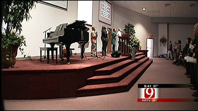 Moore Church Celebrates In New Building After Fire