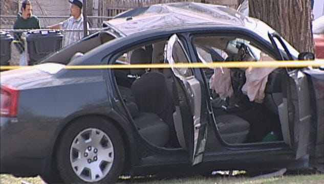 OKC Chase Suspect Dies After Slamming Car Into Tree