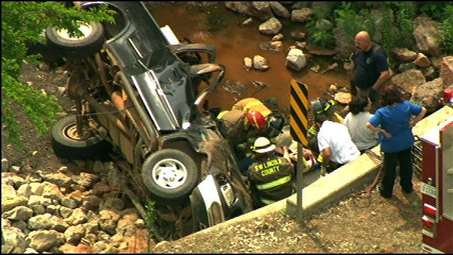 Pickup Truck Crashes Into Rocks, Creek In Lincoln County