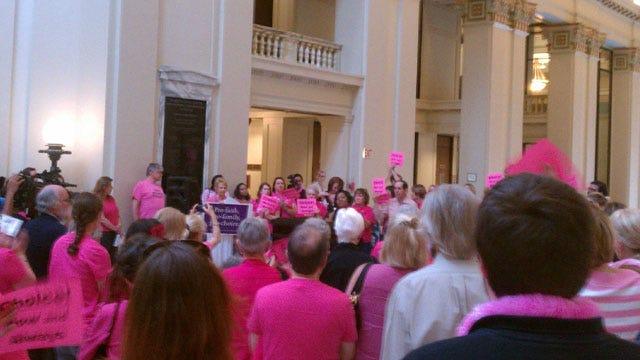 Planned Parenthood: State Legislature 'Waging War on Women'