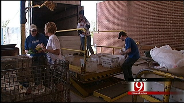 One Day Food Drive Hopes To Stamp Out Hunger In Oklahoma
