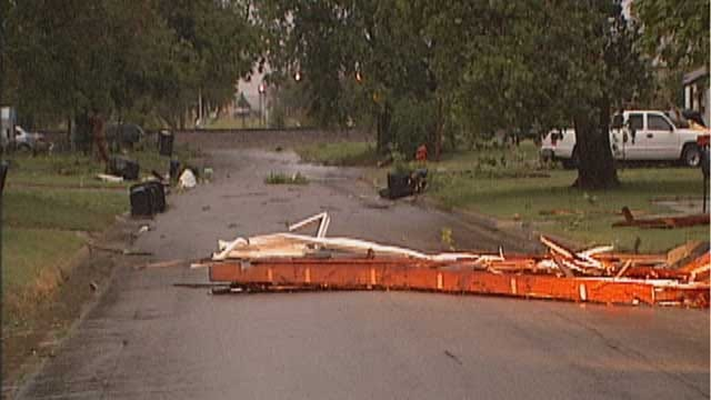 Storms Bring Heavy Rain, Damaging Winds To OKC