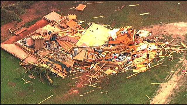 Red Cross Opens Shelters For Oklahoma Tornado Victims