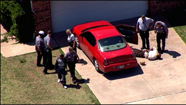 SkyNews9 Flies Over Police Chase In Northwest OKC