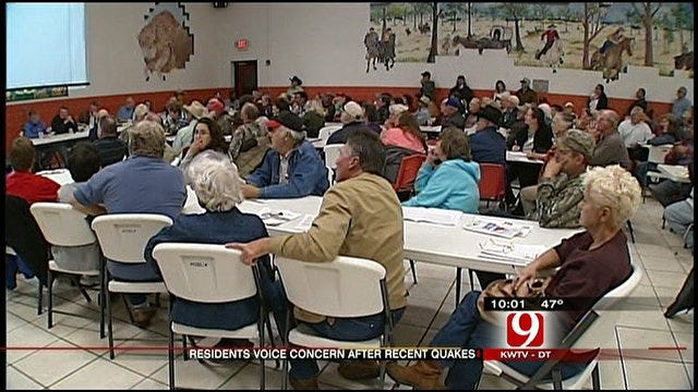 Oklahomans Look For Answers At Prague Quake Meeting