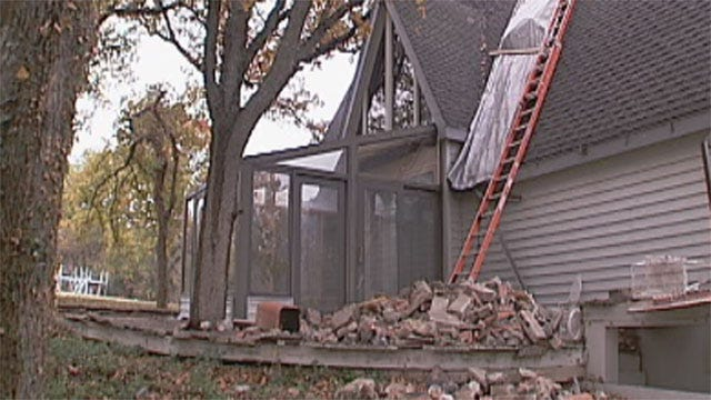 Officials To Tour Lincoln County Earthquake Damage Tuesday