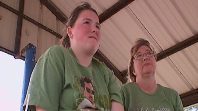 Oklahoma Teen Warns Of Dangers Of Social Networking