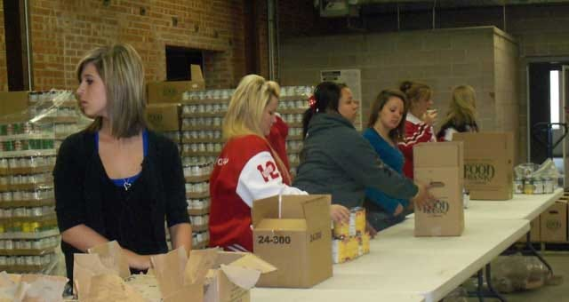 Volunteers Pack Food For Needy Oklahomans, More Donations Needed