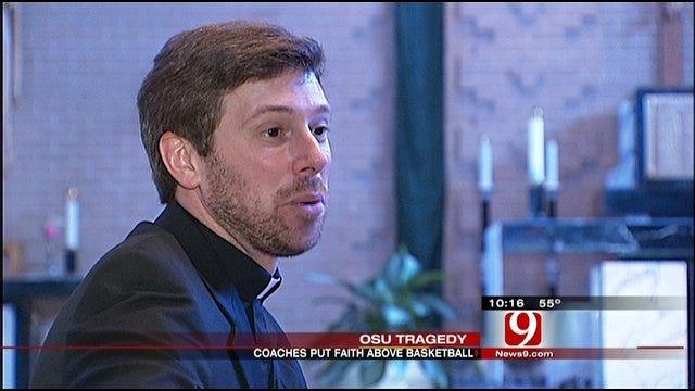 Coaches' Pastor Says Both Put Faith First