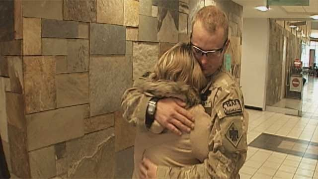 Some Oklahoma Soldiers Return Home For Thanksgiving