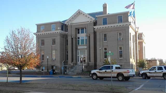 Bomb Squad On Scene Of Evacuated Logan County Courthouse