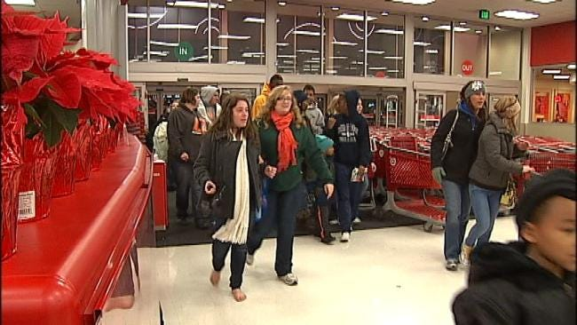 Black Friday Shoppers Crowd Oklahoma City Metro Stores