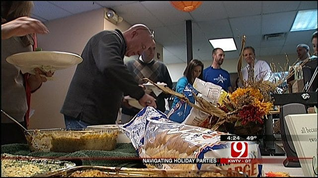 Work Out With Christina And Lauren: Navigate Holiday Eating At News 9