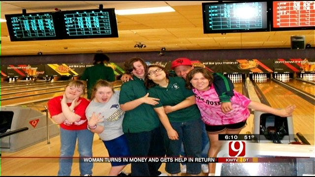 Honesty Pays Large Dividends For Metro Woman, Children