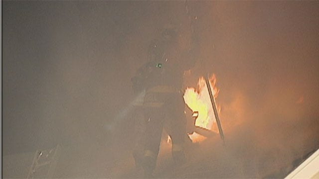 Yukon Family Escapes Early-Morning House Fire