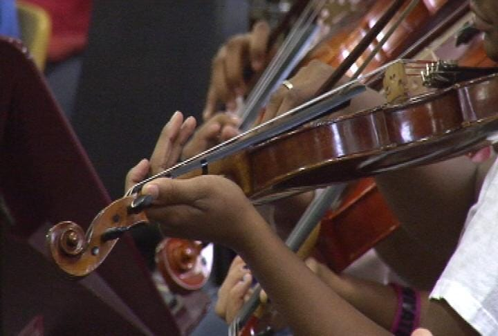 Sharing Music, Instruments No Easy Task For Middle School Students