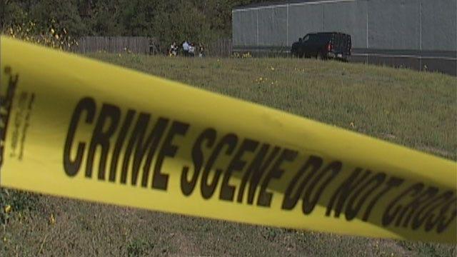 Body Found In Duffel Bag In Bethany Field