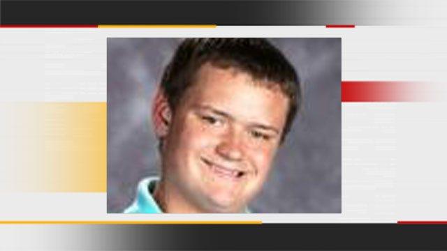 Family Donates Organs Of Edmond North Football Player