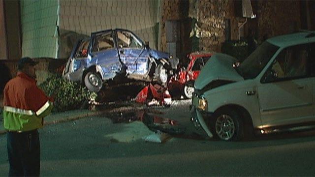 Suspected Drunken Driver Crashes Into Cars At OKC Apartment Complex