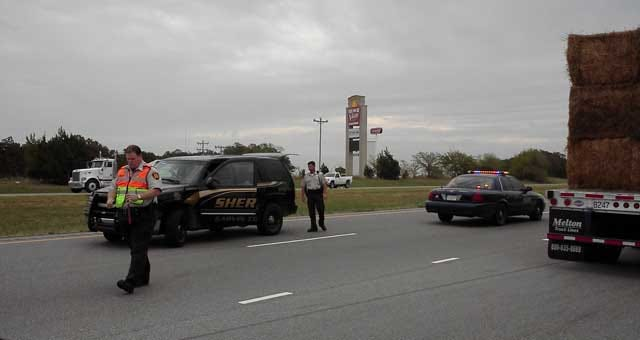 Louisiana Escapee Hospitalized, OK Troopers Injured In Chase