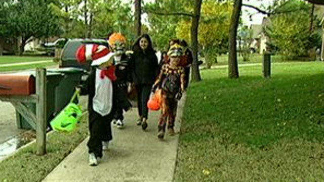 Enid Police Offer Driving Safety Tips During Halloween