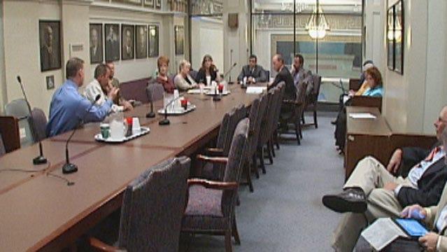 Oklahoma Lawmakers Seek Fair Punishment For 'Sexting' Teens