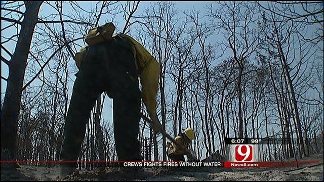 Wildland Firefighters Battle Blazes Without Water