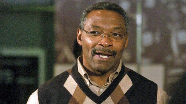 Former Sooner Lee Roy Selmon Dies