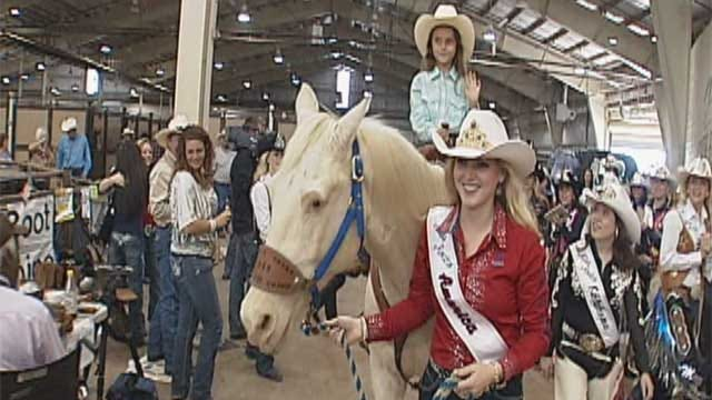Skiatook Girl Honored At Rodeo Finals In Oklahoma City