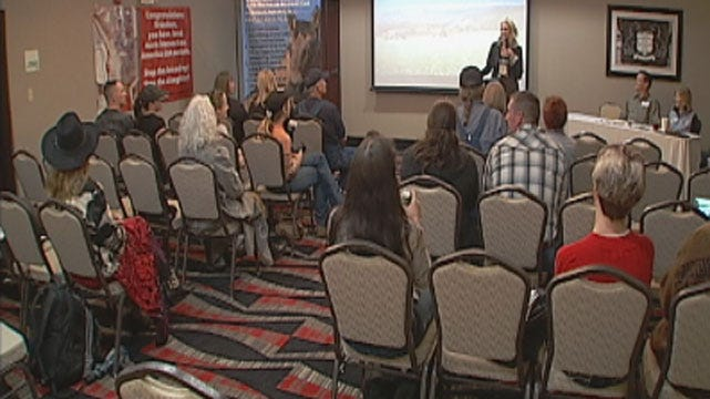 Horse Advocates Meet In OKC To Discuss Slaughter House Issue