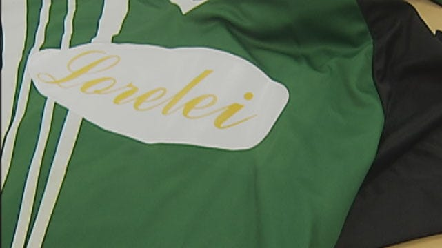 Putnam City Soccer Players Wear Green To Support Classmate With Cancer