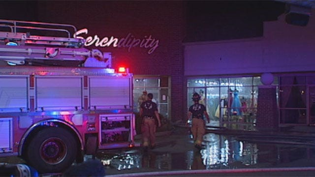 Small Fire Damages Dress Shop In Northwest OKC