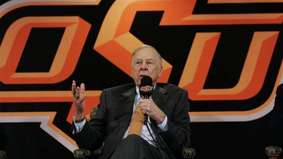 Boone Pickens Purchases Basketball Tickets For Cowboy Fans