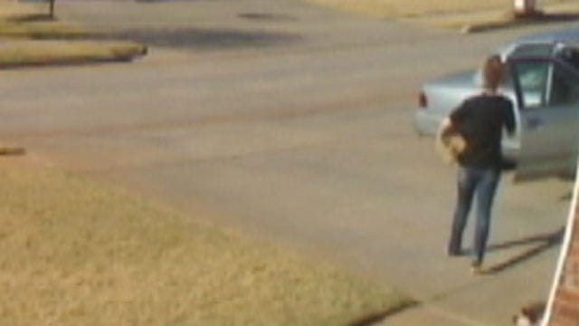 Caught On Tape: Thief Steals Christmas Package From Front Porch Of Norman Home