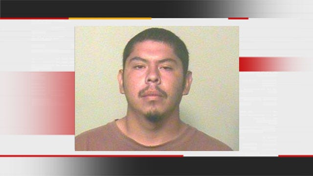 Neighbor With Gun Stops Burglary Suspects In SW OKC